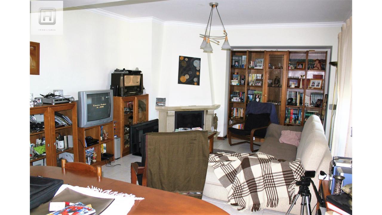 Apartamento T4 TRIPLEX  - Figueira Da Foz, Tavarede