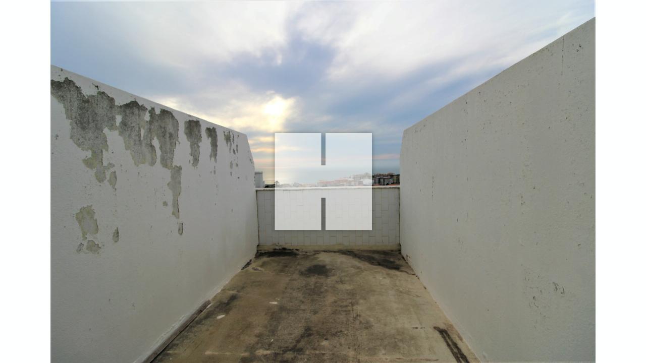 Apartamento T2 c/ Terraço  - Figueira Da Foz, Buarcos e São Julião