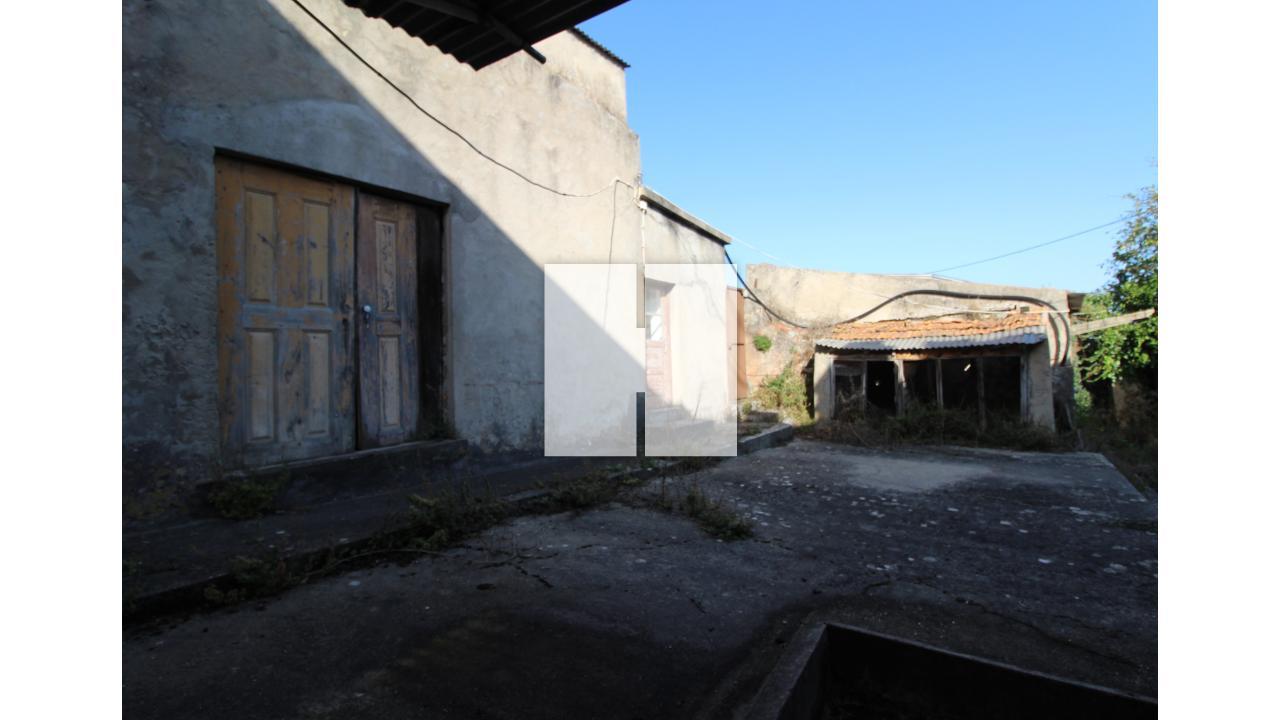 Moradia para Restaurar T2+1  - Figueira Da Foz, Alhadas