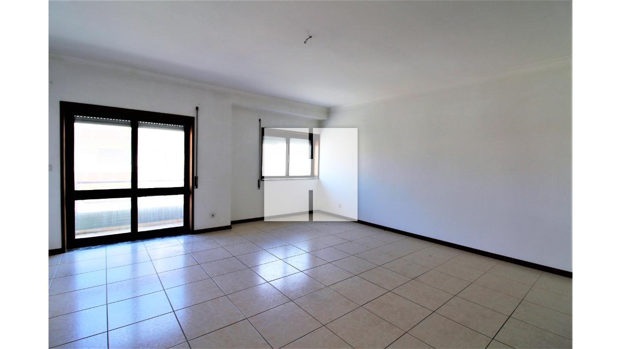 Apartamento T3 com Garagem  - Figueira Da Foz, São Pedro