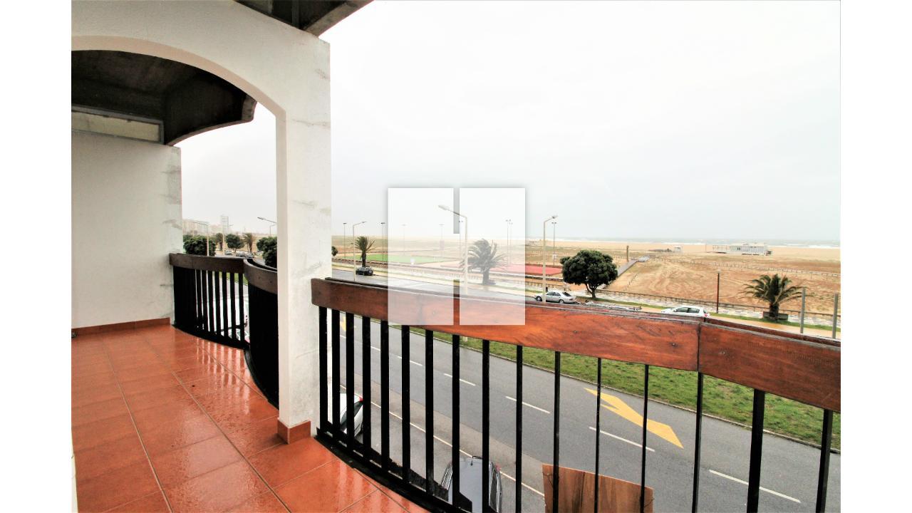 Apartamento T2 na Avenida  - Figueira Da Foz, Buarcos e São Julião