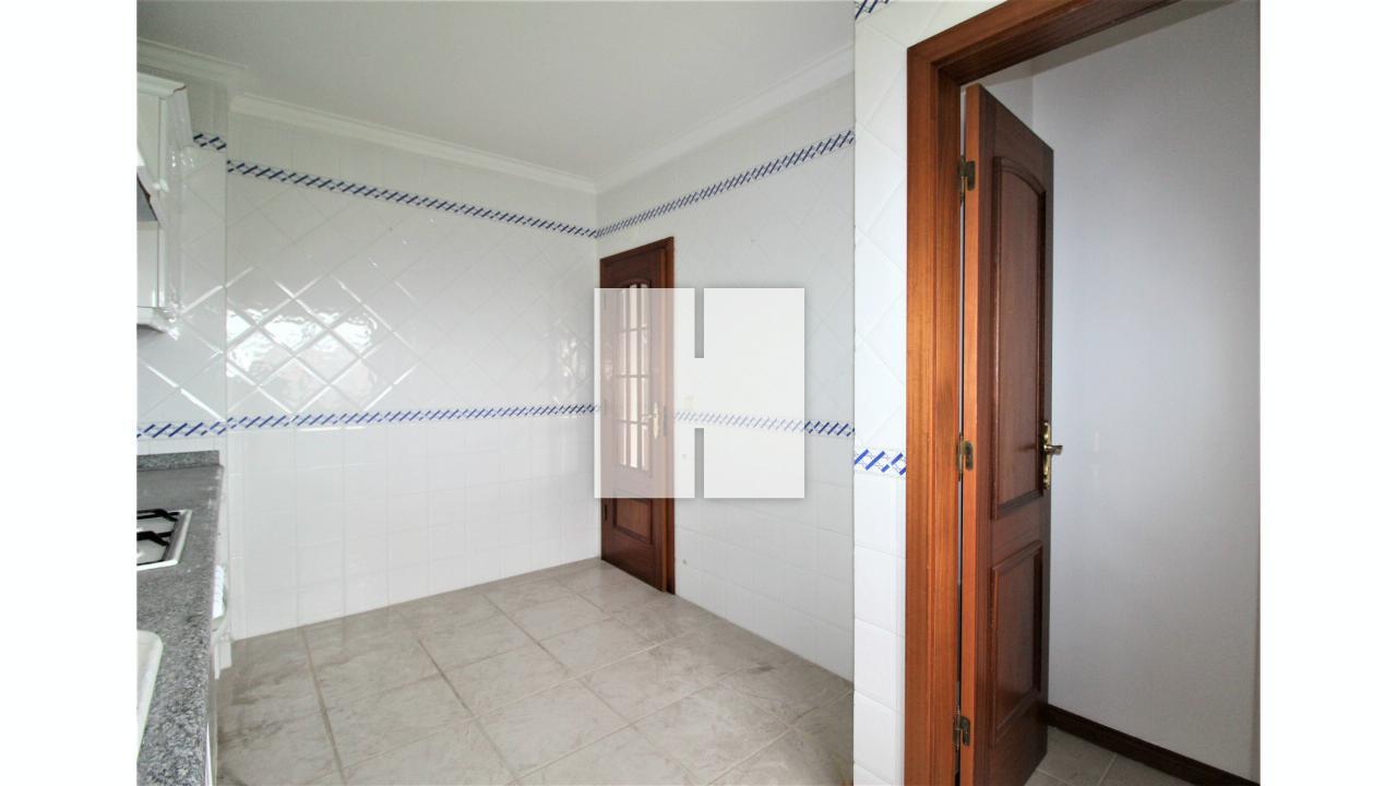 Apartamento T3 junto à Praia   - Figueira Da Foz, Buarcos e São Julião