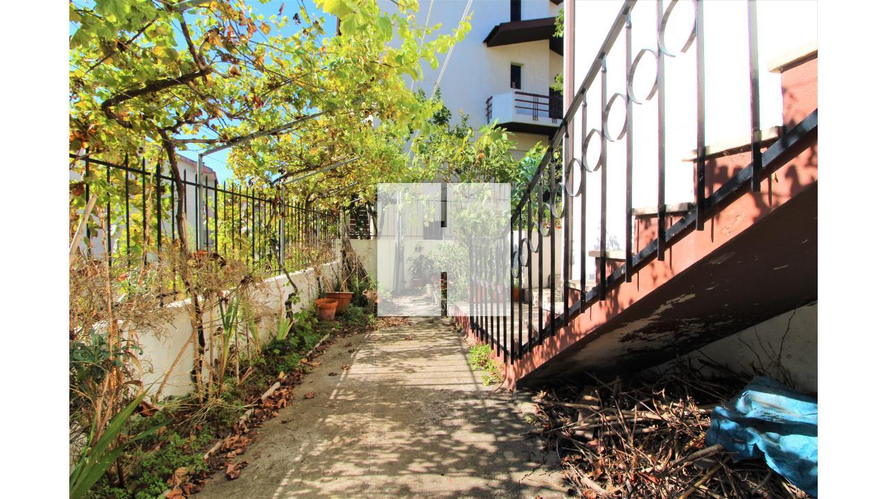 Moradia Geminada T4+1  - Figueira Da Foz, Tavarede