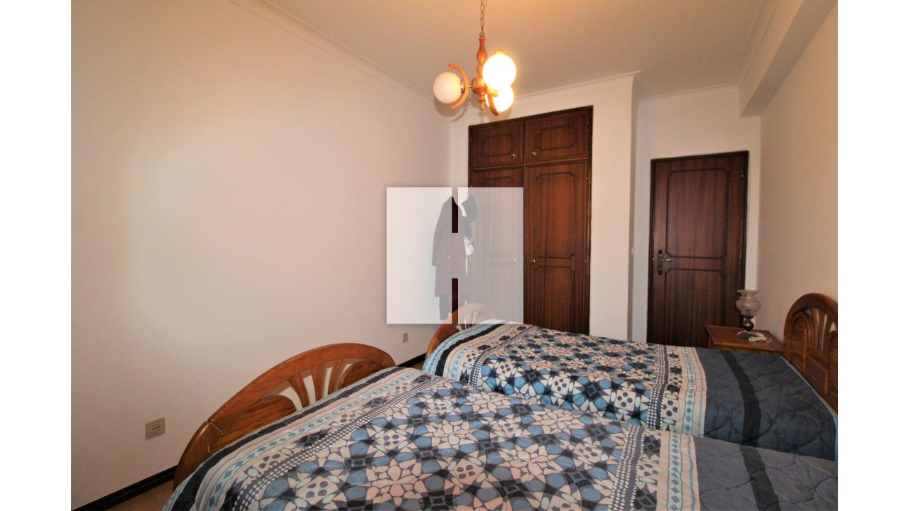 Apartamento T3 com Garagem Dupla  - Figueira Da Foz, Tavarede