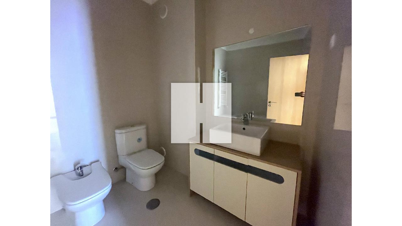 Apartamento T3 c/ Garagem Tripla  - Figueira Da Foz, Buarcos e São Julião