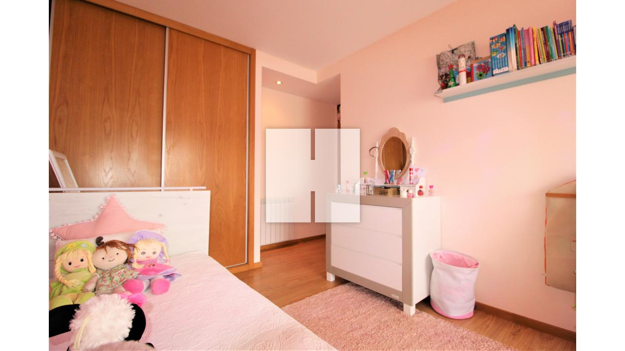 Apartamento T2 com Garagem  - Figueira Da Foz, Tavarede