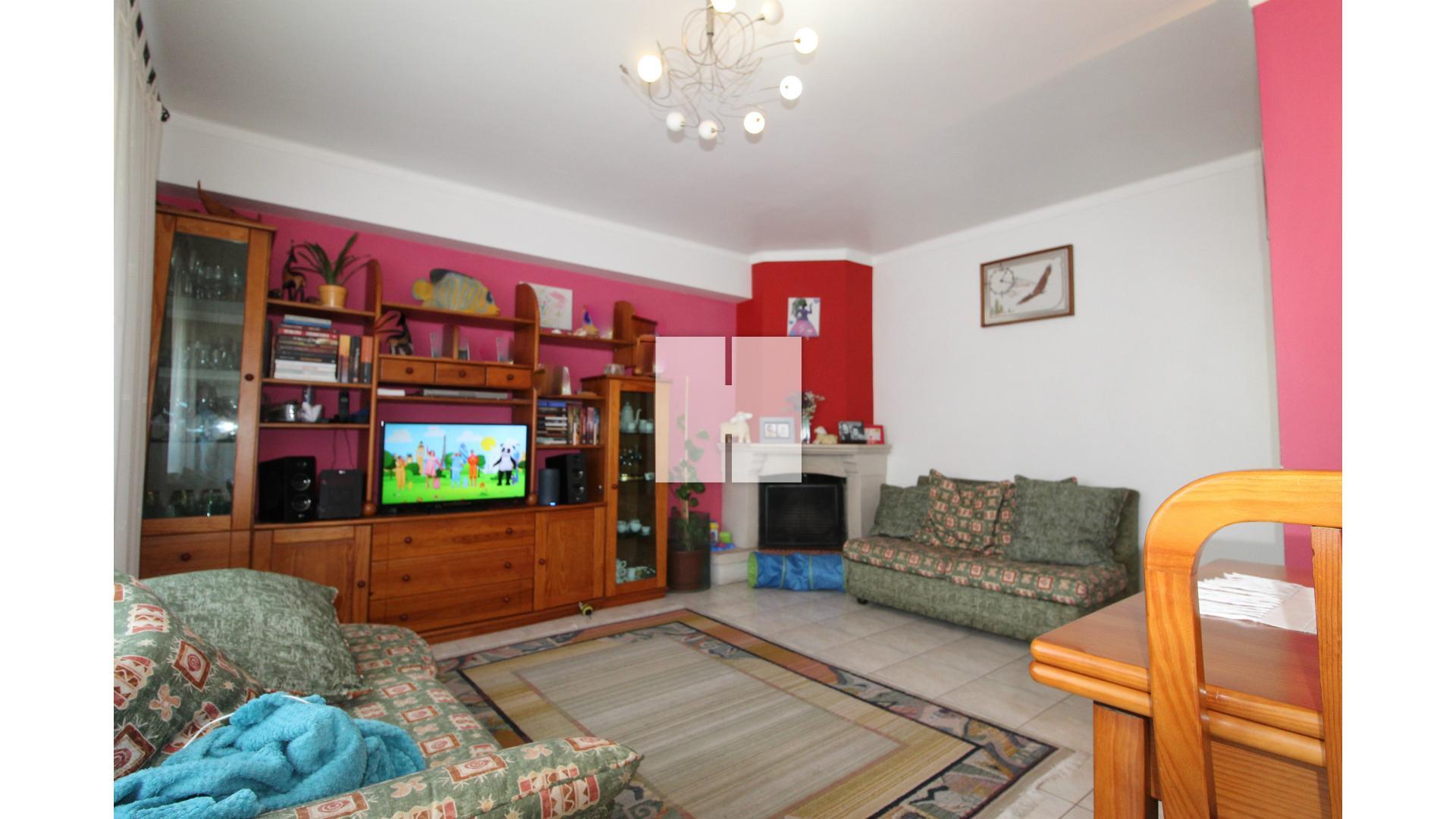 Apartamento T3 com Garagem figueira da foz, Vila Verde