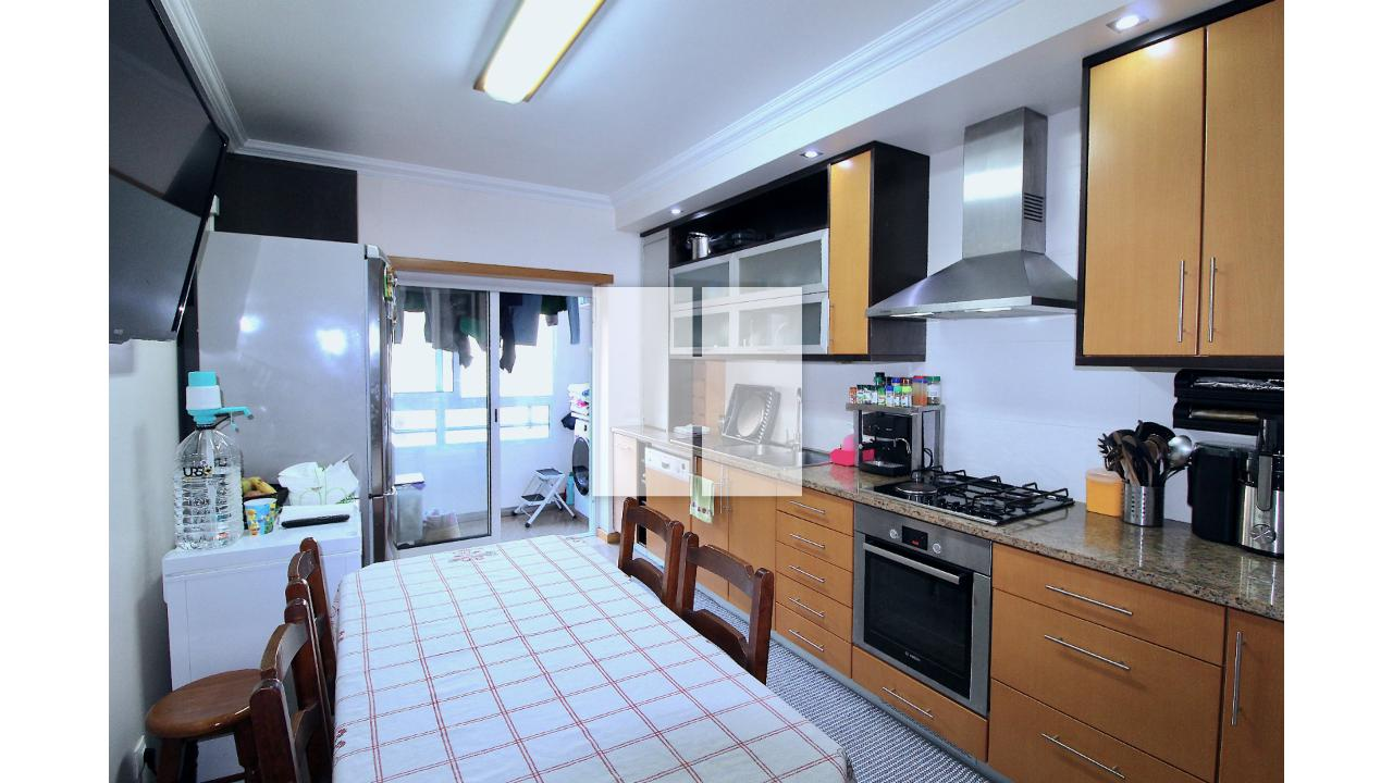 Apartamento T3 Semi Novo  - Figueira Da Foz, Tavarede